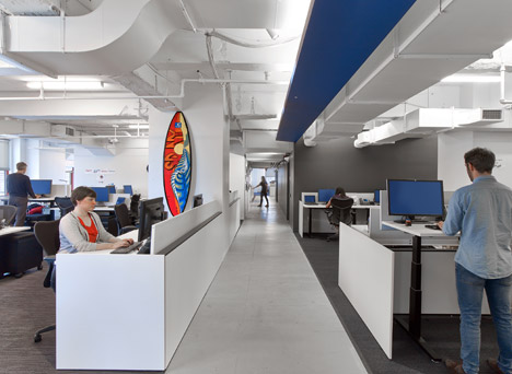 LinkedIn-offices-New-York-by-IA-Interior-Architects_dezeen_468_14