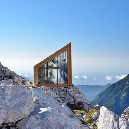 Skuta-Mountain-Cabin-OFIS-architects-Slovenia-Exterior-2-Humble-Homes