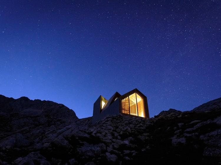 Skuta-Mountain-Cabin-OFIS-architects-Slovenia-Exterior-At-Night-Humble-Homes