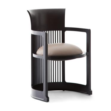 Frank_Lloyd_Wright_-_Cassina_Chair[1]