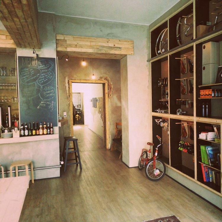 8 Bike-Shop-and-Cafe