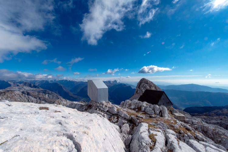 1478789026735winter-cabin-mount-kanin_ofis_a_fotojanez-martincic_10