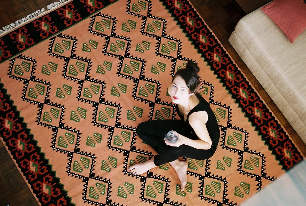 kobeiagi-kilims-reframe-traditional-handwoven-rugs_05.jpg